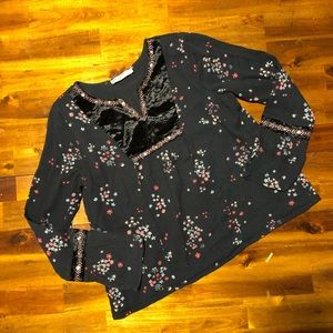 NWOT Abercrombie Girl's top - size 11/12
